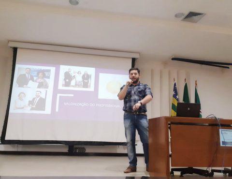 Presidente do CRB-1 palestra sobre a profissão de bibliotecário em evento na Universidade Federal de Goiás (UFG)